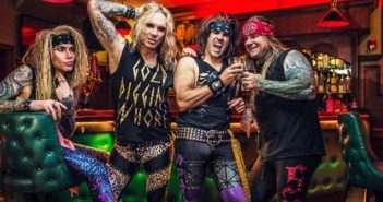 Steel Panther, Lower The Bar, Robin Zander, She's Tight